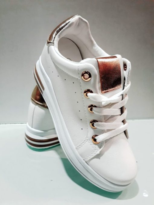 sneaker deportiva
