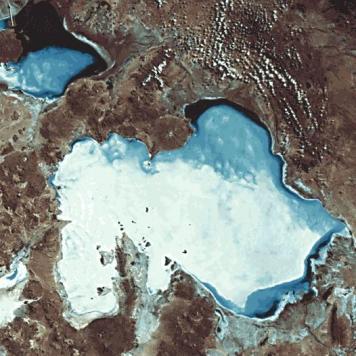 Salar de Uyuni widziane z orbity. Fot. NASA