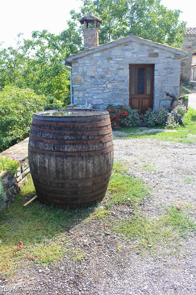Istria, Croatia 1-day Road Trip; Hum, smallest town in world