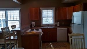 Large Cottage kitchen area