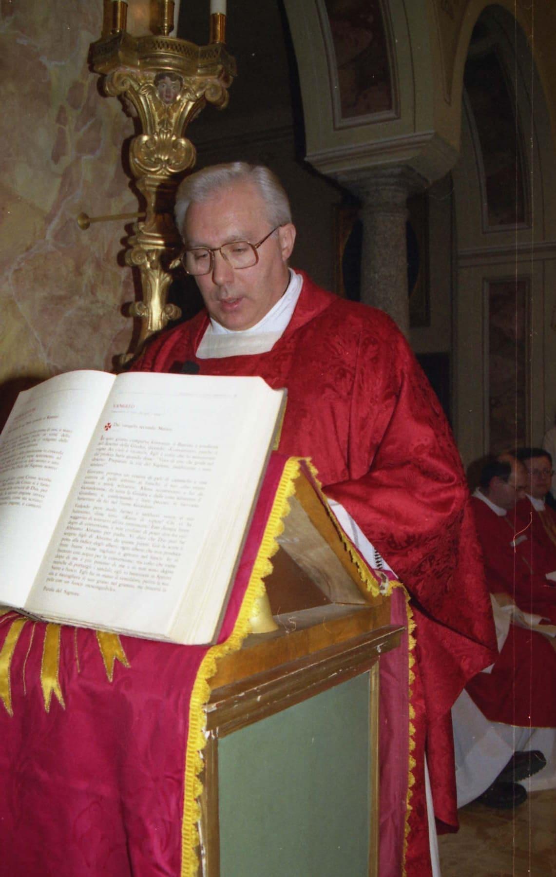 Ingresso come nuovo parroco Don Aldo Mascheroni Sala al Barro 9 dicembre 2001