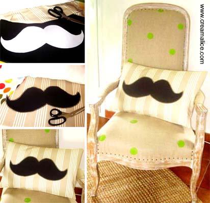Coussin Moustache