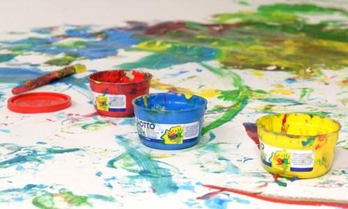 Activité manuelle peinture enfants