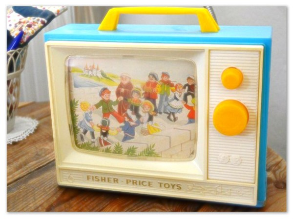 Music-box-TV-Fisher-Price-Vintage-Creamalice
