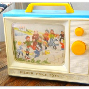 Music-box-TV-Fisher-Price-Vintage-Creamalice