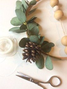 diy-couronne-Noel-eucalyptus-Creamalice-6