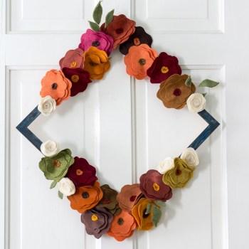felt-flower-wreath-tutorial