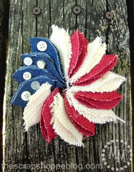 Mini Patriotic Pin Wreath