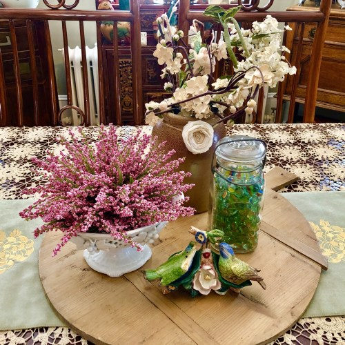 Amy Kin - Spring Decorating