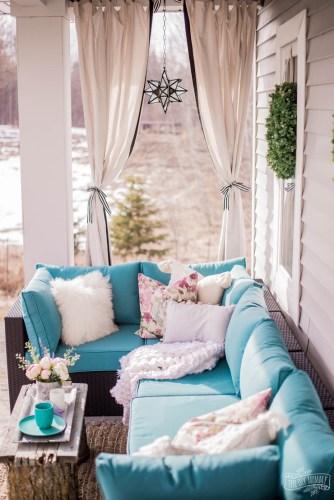 Pretty Porch Decor