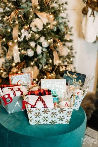 DIY-Personalized-Christmas-Eve-Box