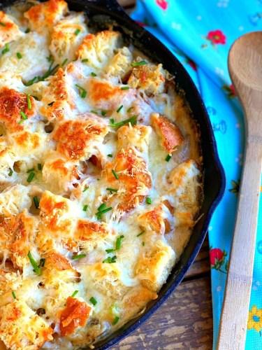 Garlic Bread Chicken Pot Pie