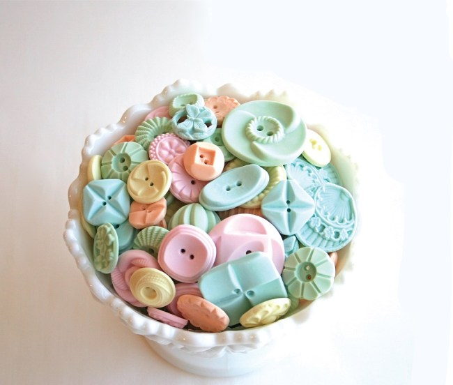 Peppermint Buttons Bowl NEW