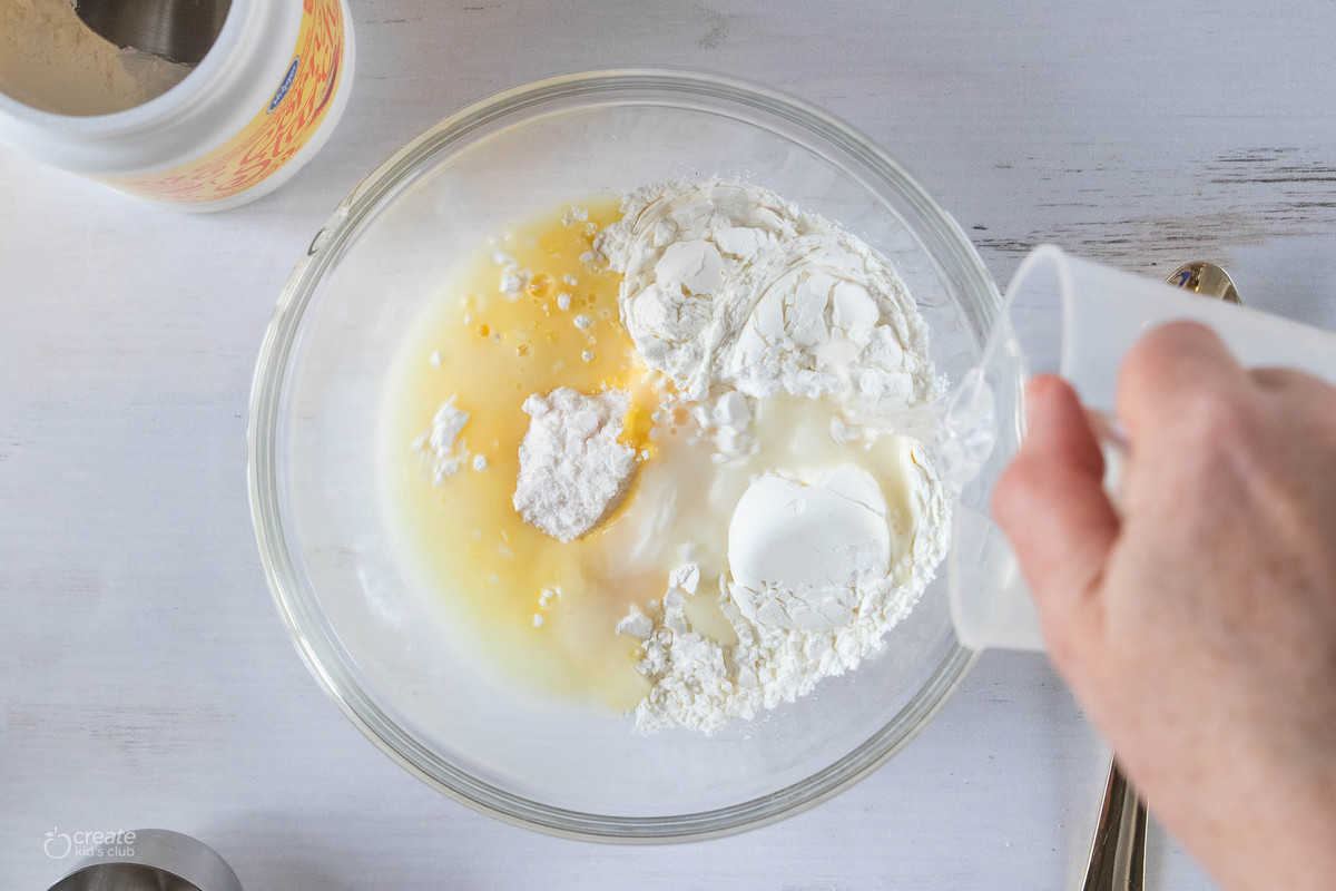 pudding with cornstarch and water in a bowl