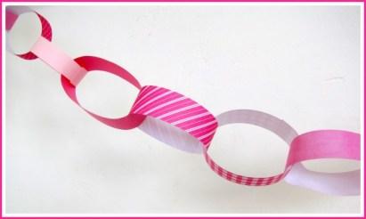 Simpele slinger van stroken van restjes papier - Creatief en Simpel - Ga naar onze site voor de werkbeschrijving