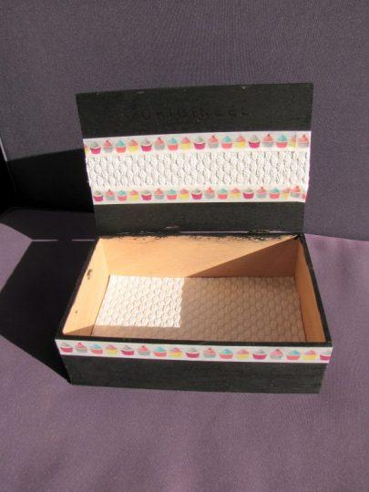 Duizend dingen doosje, sigarenkistje zelf versierd - Creatief en Simpel - Ga naar onze site voor de werkbeschrijving en nog meer leuke ideeen