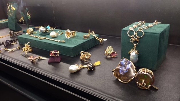 Lucifer Vir Honestus luxury gothic jewelry made with gold and precious stones.