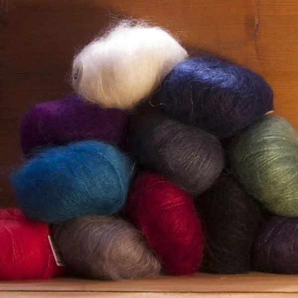 Laine à tricoter et pelotes