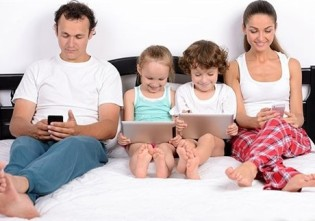 Cum să te conectezi cu familia ta, dar nu online