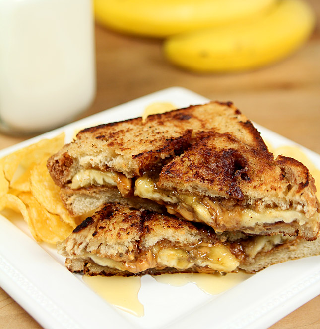 Grilled Peanut Butter, Banana and Honey Sandwich on ...