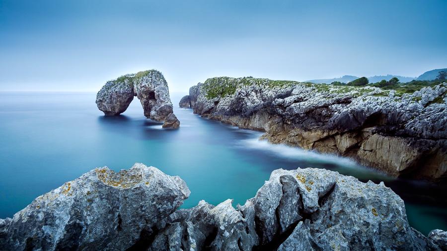 Color landscape photo taken in Asturias, Spain