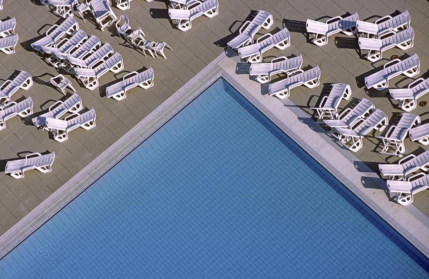 'Poolside' Bjorn Svensson / Photocrowd.com