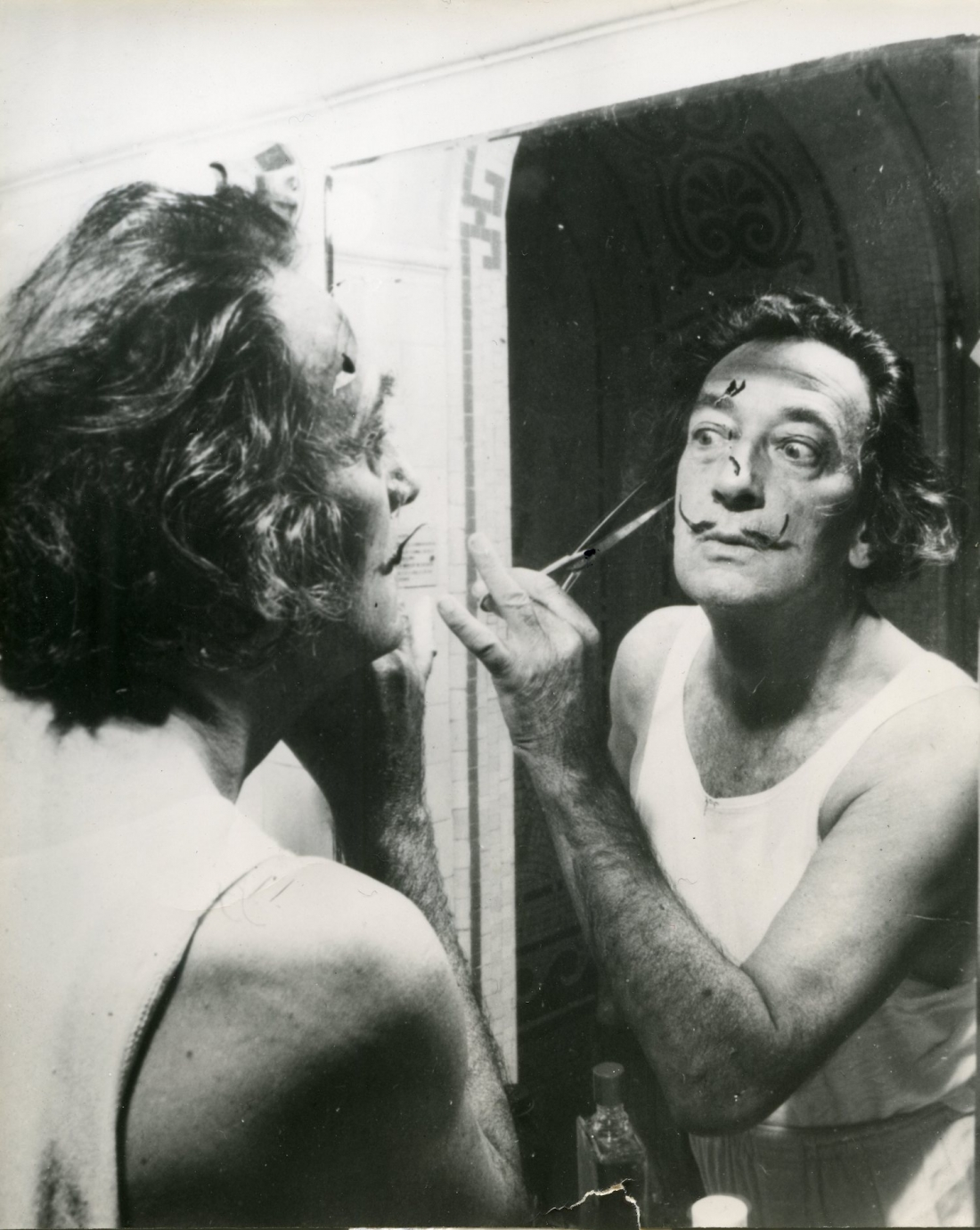 Never Before Seen Photographs Of Salvador Dali And Picasso