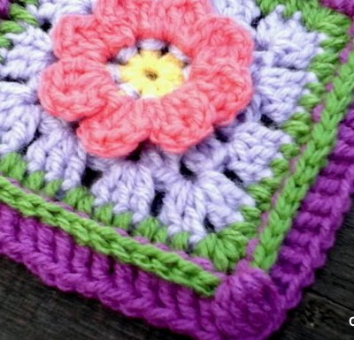 Lazy Daisy Granny Square - Free Crochet Pattern | Creative Crochet Workshop @creativecrochetworkshop #grannysquare #freecrochetpattern