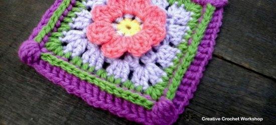 Lazy Daisy GrannySquare - Free Crochet Pattern | Creative Crochet Workshop @creativecrochetworkshop #grannysquare #freecrochetpattern