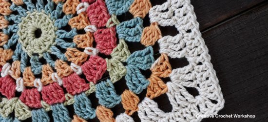 Sunburst Afghan Square | Creative Crochet Workshop @creativecrochetworkshop #freecrochetpattern #grannysquare #afghansquare #crochetalong #ccwcrochetablock2018