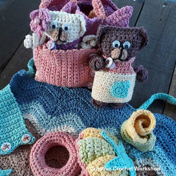 Fold Up Teddy Crochet Play Sets | Free Crochet Along | Creative Crochet Workshop #crochet #crochetalong #crochetplay
