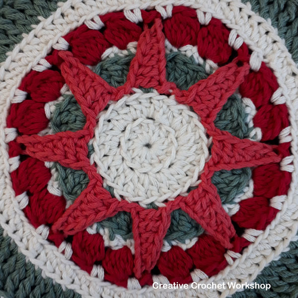 Christmas Sun Star Doily tutorial - Free Crochet Pattern | Creative Crochet Workshop #2018ChristmasInJulyCAL