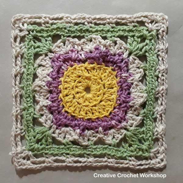 Lilac Mint Flower Square - Free Crochet Pattern | Creative Crochet Workshop #freecrochetpattern #crochet #crochetsquare