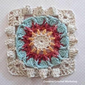 Aqua Sun Wheel Square - Free Crochet Pattern   Creative Crochet Workshop #freecrochetpattern #crochet #crochetsquare