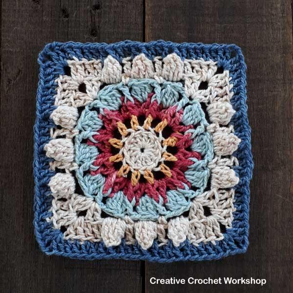 Aqua Sun Wheel Square - Free Crochet Pattern | Creative Crochet Workshop #freecrochetpattern #crochet #crochetsquare