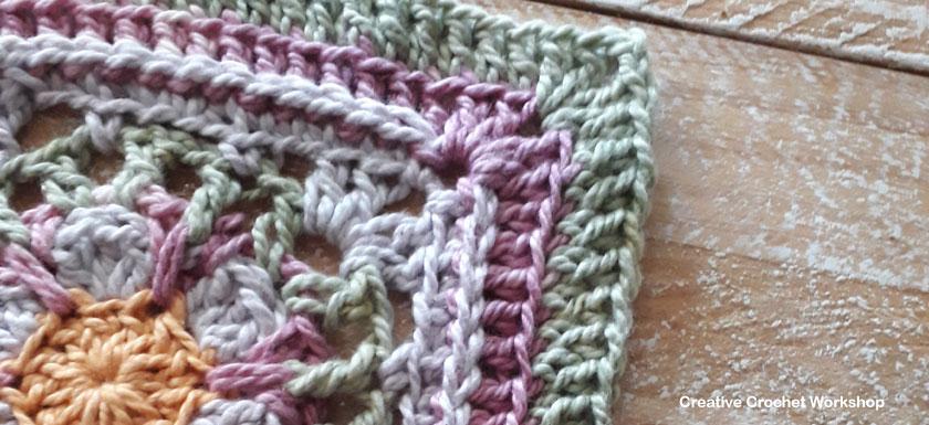 Boxed Lilac Flower Square - Free Crochet Pattern   Creative Crochet Workshop #freecrochetpattern #crochet #crochetsquare