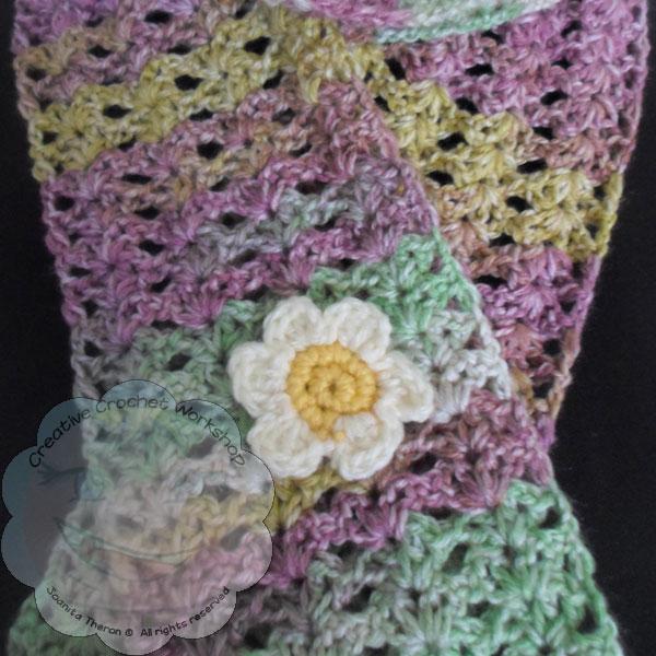 Starry Eye Spring Scarf - Free Crochet Pattern | Creative Crochet Workshop #freecrochetpattern #crochet @creativecrochetworkshop