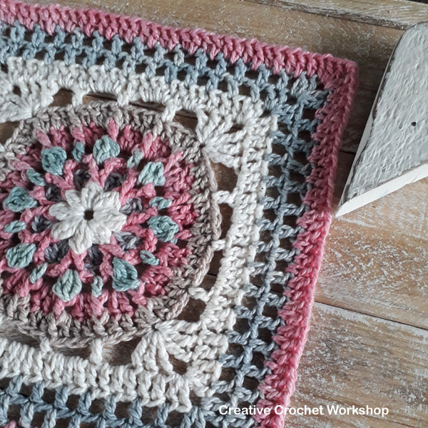 Florence Afghan Square - Free Crochet Pattern | Creative Crochet Workshop @creativecrochetworkshop #freecrochetpattern #grannysquare #afghansquare #crochetalong #ccwcrochetablock2019