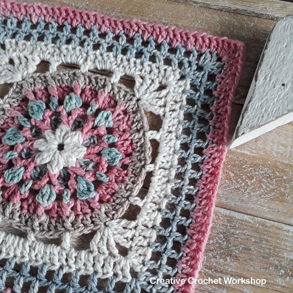 Florence Afghan Square - Free Crochet Pattern | Creative Crochet Workshop @creativecrochetworkshop #freecrochetpattern #grannysquare #afghansquare #crochetalong #ccwcrochetablock2019