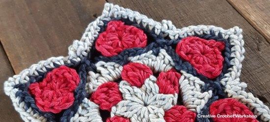 Star Hearts Doily - Free Crochet Pattern | Creative Crochet Workshop #freecrochetpattern #crochet #crochetstar #crochetdoily @creativecrochetworkshop