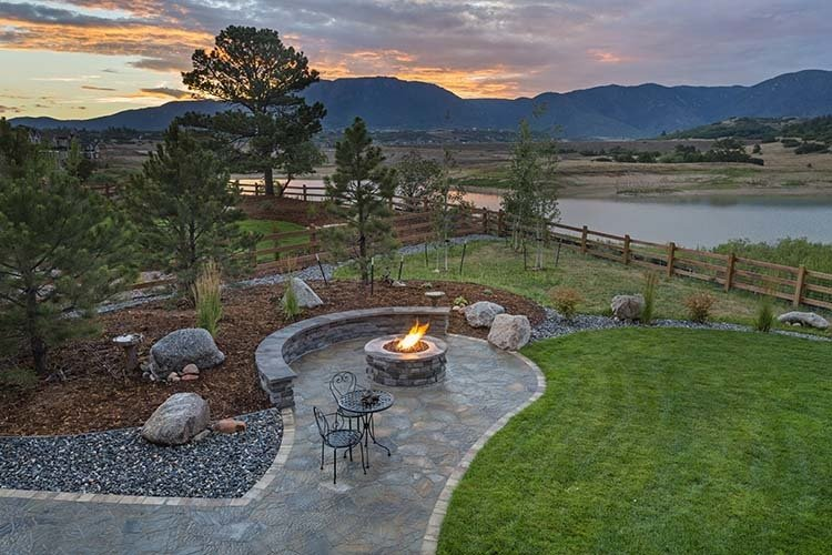 7 outdoor gas firepit safety tips