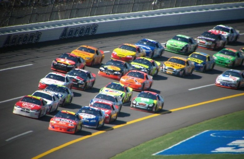 Field Report: IndyCar and Nascar Racing Sound Effects   Creative Field Recording