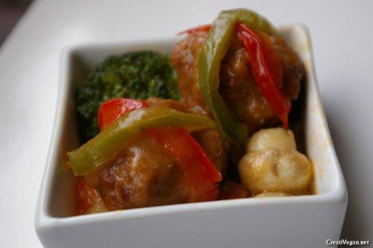 albóndigas veganas en salsa