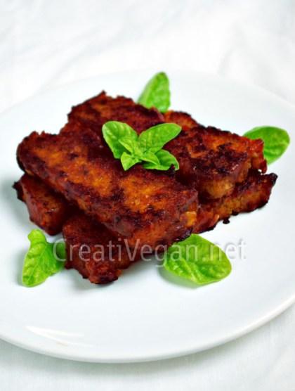 Pastel de legumbres con salsa