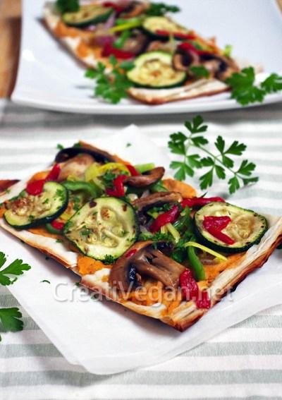 Pasta filo con verduras y pizza hummus