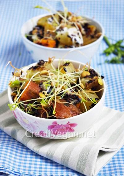Ensalada de patata, boniato, arroz negro y lentejas germinadas