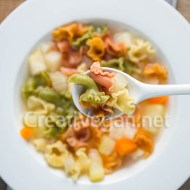 Sopa de apionabo, hinojo, zanahoria y patata