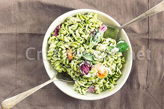 Ensalada de pasta verde