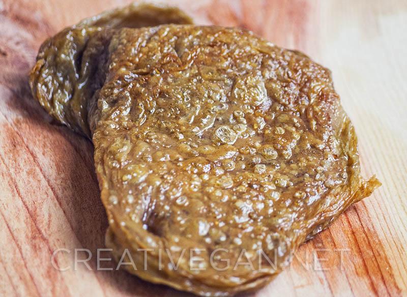 Filete de seitán dorado a la sartén