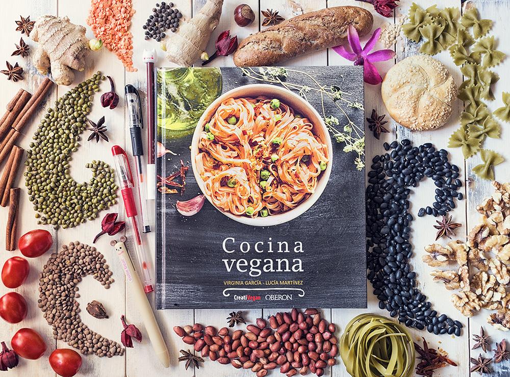 """Firma de libros """"Cocina Vegana"""" en la Feria del Libro de Madrid"""